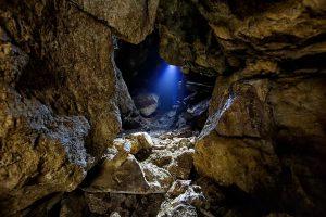 """Пещеры горы Ван-Гоу и Арт-парк """"Штыковские пруды"""". @ Штыково"""