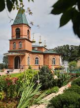 Живой источник и храмы Уссурийска + горячий бассейн